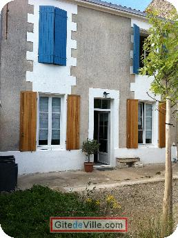Self Catering Vacation Rental Niort 4