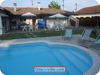 Self Catering Vacation Rental Pessac 1