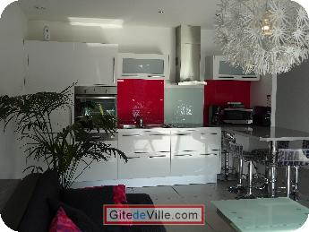 Self Catering Vacation Rental Villeneuve_le_Roi 4