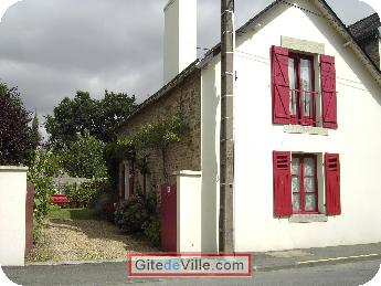 Self Catering Vacation Rental Vannes 1