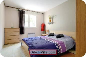 Self Catering Vacation Rental Chateauneuf_le_Rouge 4