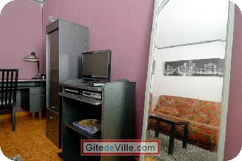 Self Catering Vacation Rental Chateauneuf_le_Rouge 2