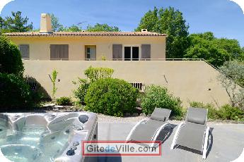 Self Catering Vacation Rental Chateauneuf_le_Rouge 3