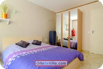 Self Catering Vacation Rental Chateauneuf_le_Rouge 8