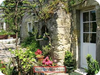 Self Catering Vacation Rental Rochecorbon 2