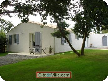 Self Catering Vacation Rental Le_Pellerin 4