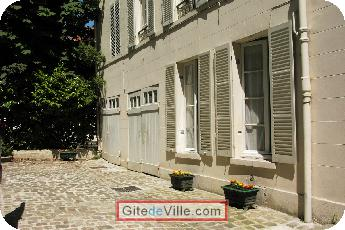 Self Catering Vacation Rental Versailles 6