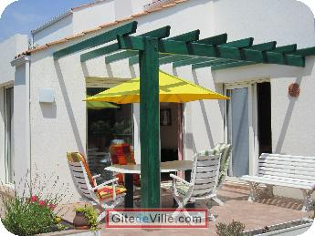 Self Catering Vacation Rental Chateau_d_Olonne 7