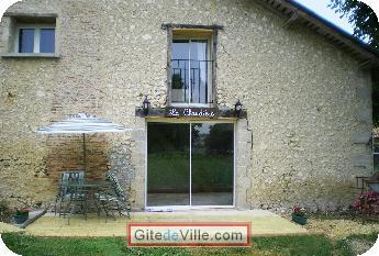 Gîte (et Chambre d'Hôte) Leguillac_de_L_Auche 5