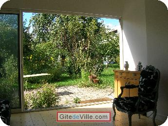 Self Catering Vacation Rental Villejuif 4