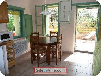 Self Catering Vacation Rental Nimes 3