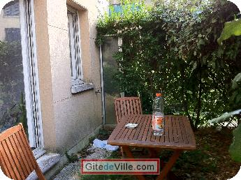 Self Catering Vacation Rental Rueil_Malmaison 8