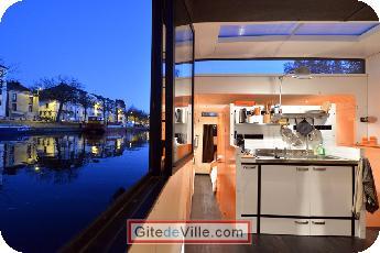 Self Catering Vacation Rental Nantes 9