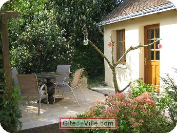 Vacation Rental (and B&B) Joue_les_tours 2
