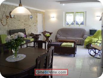 Self Catering Vacation Rental Creysse 2