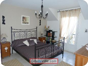Self Catering Vacation Rental Houilles 1
