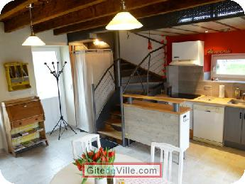 Self Catering Vacation Rental La_Haie_Fouassiere 8