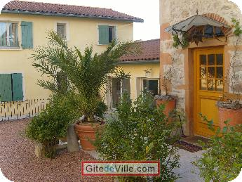Self Catering Vacation Rental Grezieu_La_Varrene 3