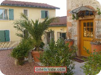 Self Catering Vacation Rental Grezieu_La_Varrene 10