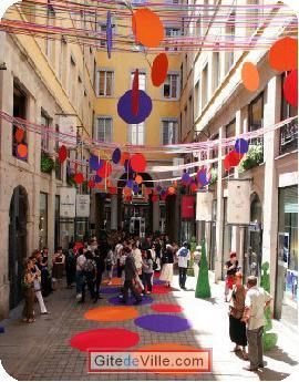 Self Catering Vacation Rental Lyon 6