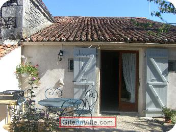 Self Catering Vacation Rental Port_d_Envaux 3