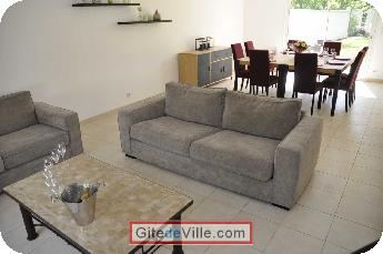 Self Catering Vacation Rental Fontaine_sur_Ay 10