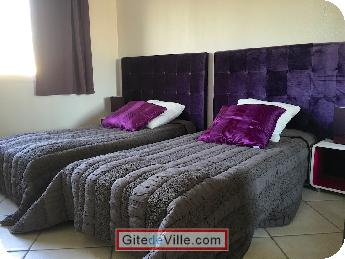 Self Catering Vacation Rental Decines_Charpieu 6