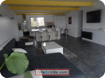 Self Catering Vacation Rental Villeneuve_le_Roi 8