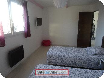 Self Catering Vacation Rental Villeneuve_le_Roi 2