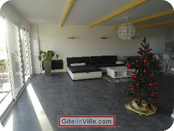 Self Catering Vacation Rental Villeneuve_le_Roi 1