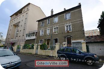 Self Catering Vacation Rental Villeurbanne 11