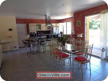 Self Catering Vacation Rental Condat_sur_Vienne 9