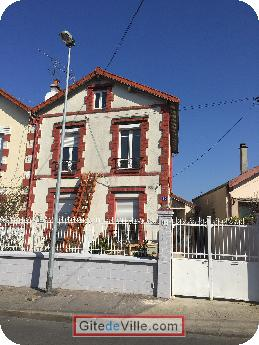 Self Catering Vacation Rental Bobigny 8