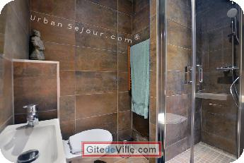 Self Catering Vacation Rental Lyon 8