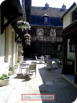 Gîte (et Chambre d'Hôtes) Cosne_Cours_Sur_Loire 1