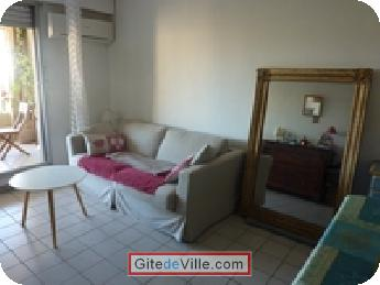Self Catering Vacation Rental Nimes 8