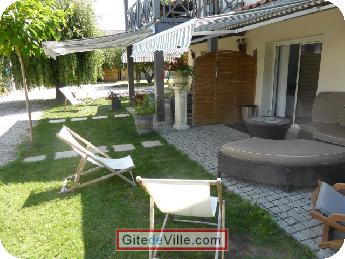 Self Catering Vacation Rental Latresne 7