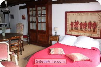 Vacation Rental (and B&B) Mont_pres_Chambord 5