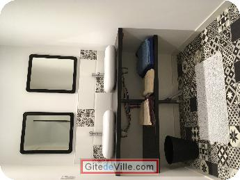 Gîte Saint_Hilaire_De_Villefranch 4