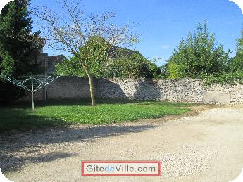 Self Catering Vacation Rental La_Chapelle_Saint_Martin_en_Plaine 8
