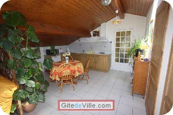 Self Catering Vacation Rental Pessac 3