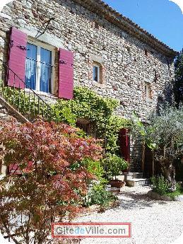Gîte Saint_Julien_les_Rosiers 1