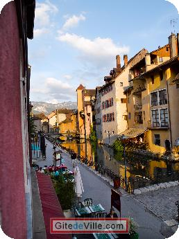 Vacation Rental (and B&B) Annecy 10
