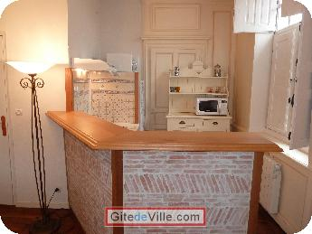 Self Catering Vacation Rental Rennes 9