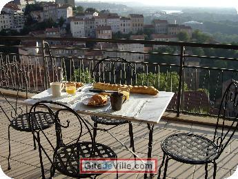 Self Catering Vacation Rental Lyon 3